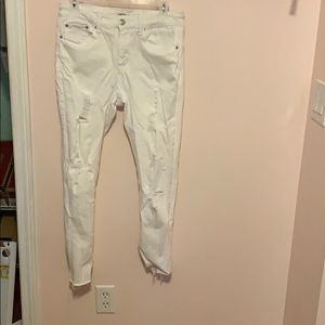Miss white jeans